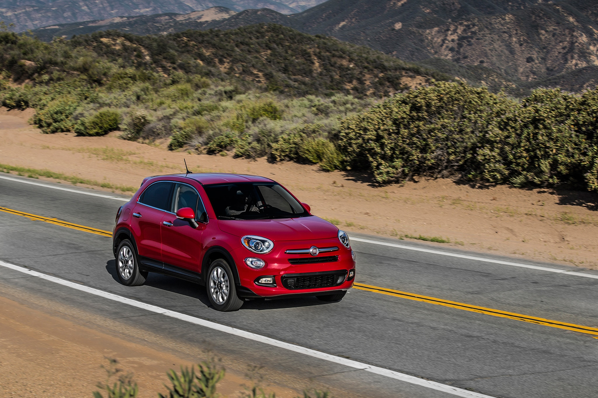the fiat 500x pop offers pretty much everything except fun. Black Bedroom Furniture Sets. Home Design Ideas