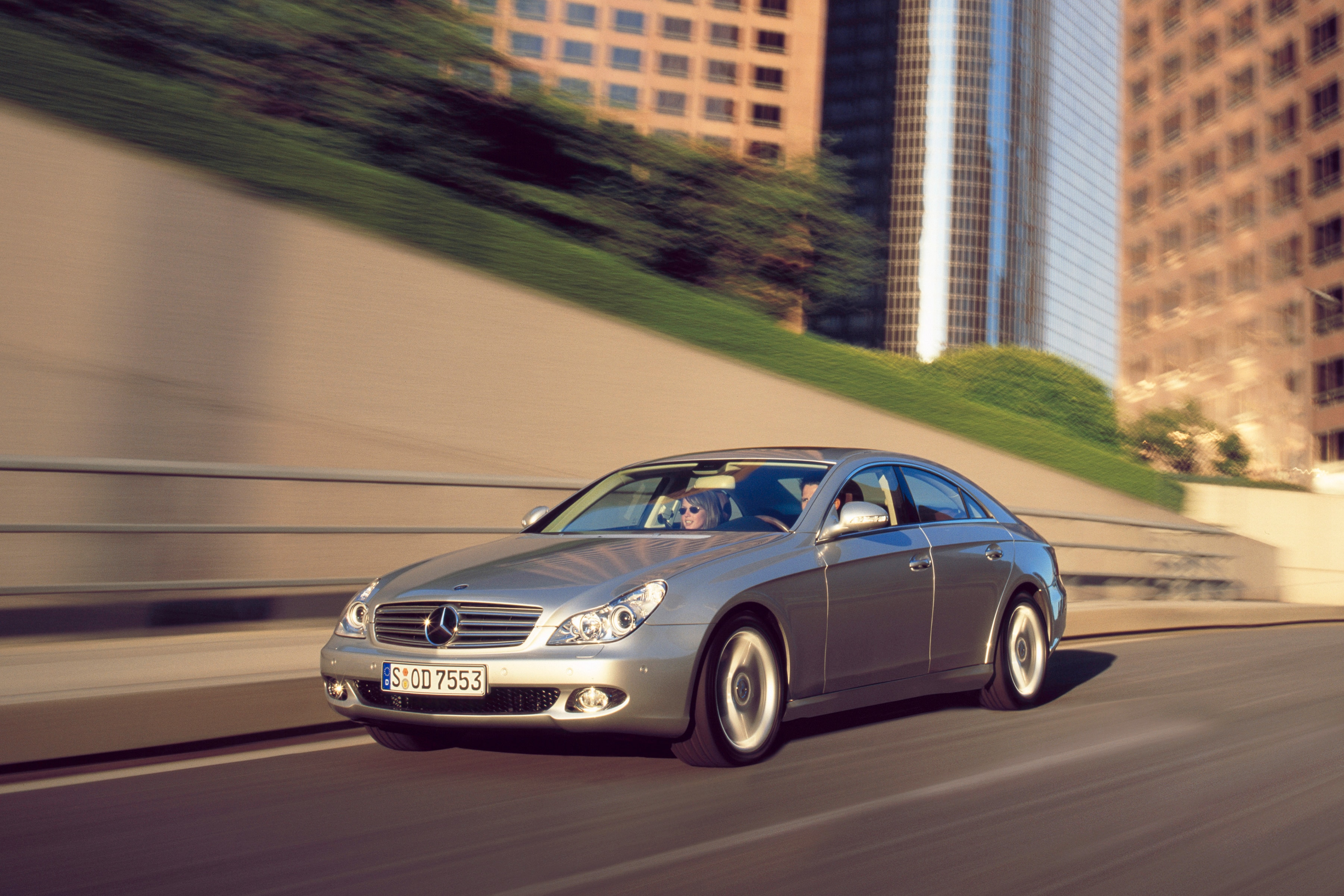 2005 Mercedes-Benz CLS500 - Road Test & Review - Automobile