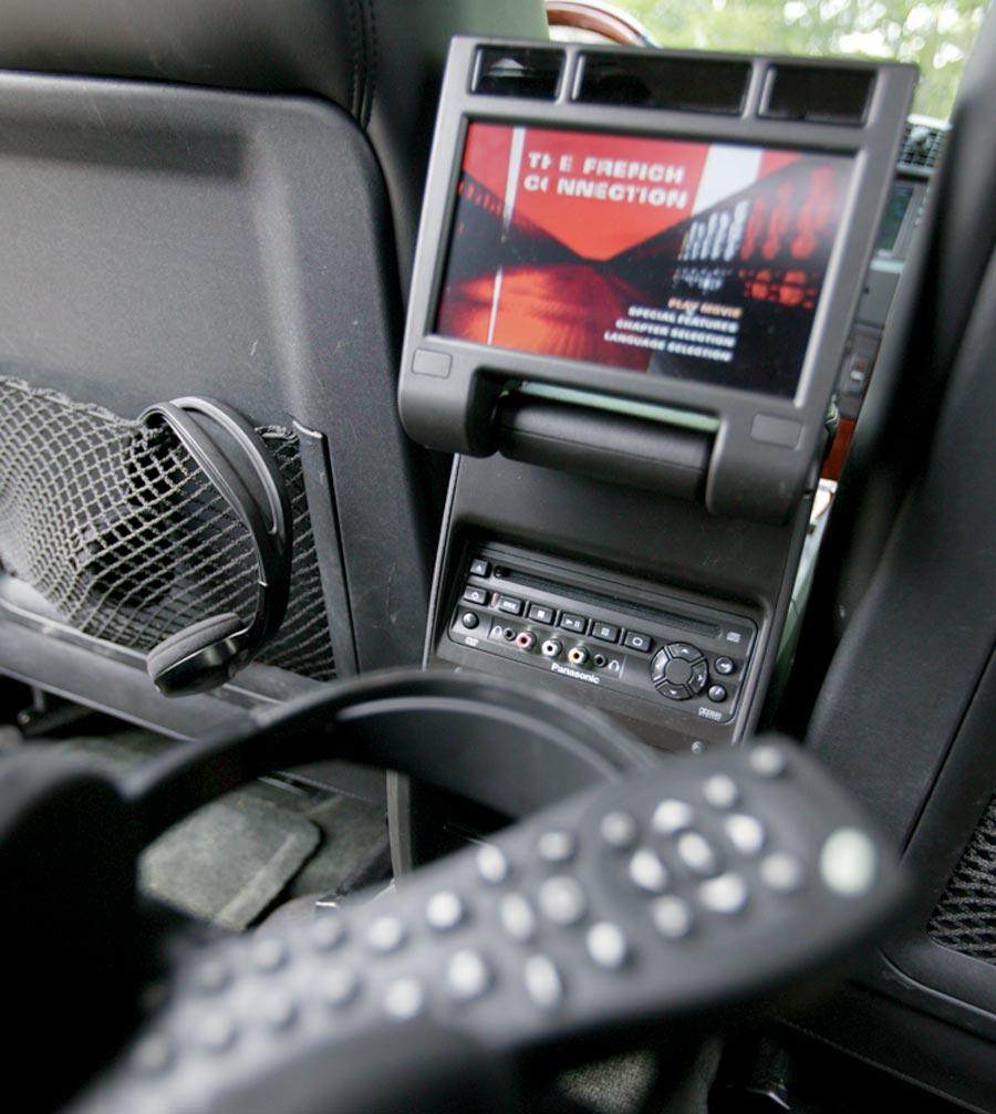 2005 Cadillac SRX - Four Seasons Road Test & Review - Automobile Magazine
