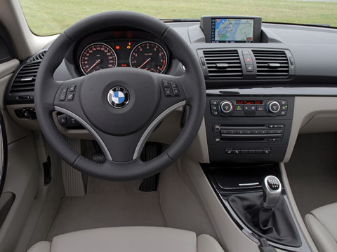 driven bmw 135i new and future car reviews automobile magazine rh automobilemag com bmw 135i manual review bmw 135i manual trunk open
