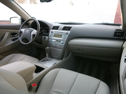 Review 2009 Toyota Camry Hybrid 9 Adver To Skip 1 2