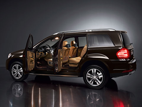 Cars With 3 Rows Of Seats >> First Look: 2010 Mercedes-Benz GL-Class - 2009 New York ...