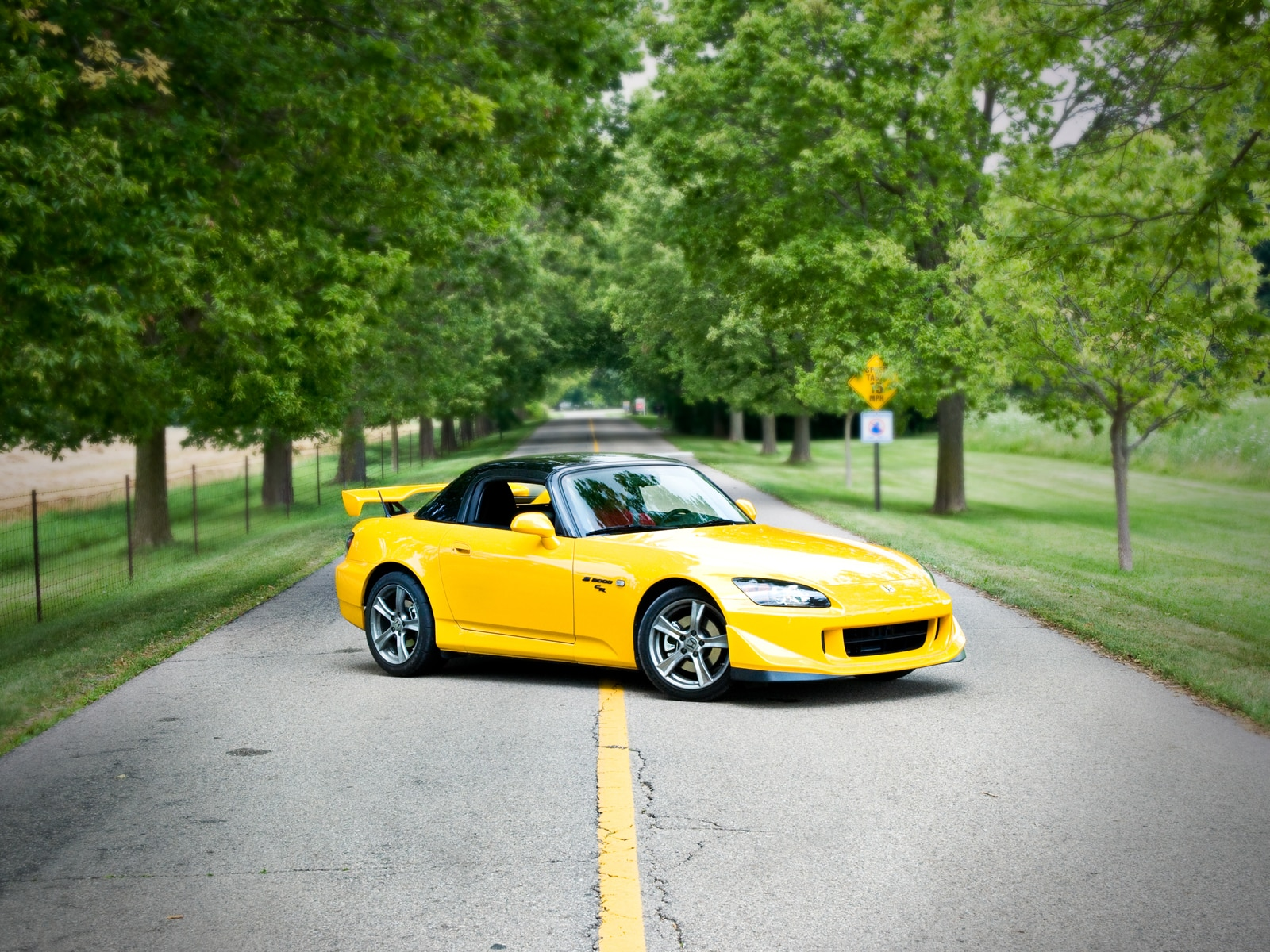 Amazing 2009 Honda S2000 CR. /5. Advertisement. To Skip. 1|5