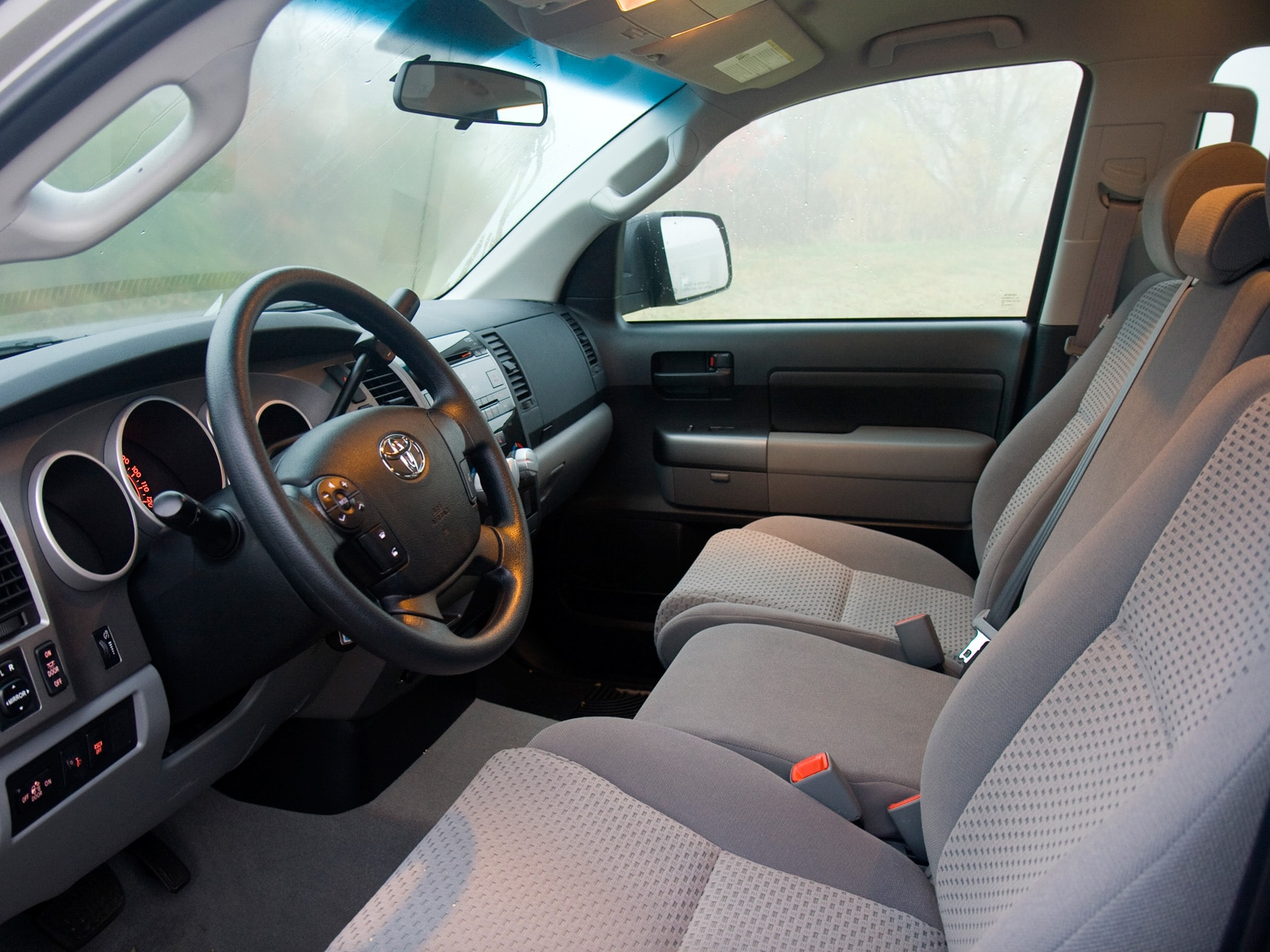 2010 Toyota Tundra Double Cab - Toyota Fullsize Pickup Truck Review