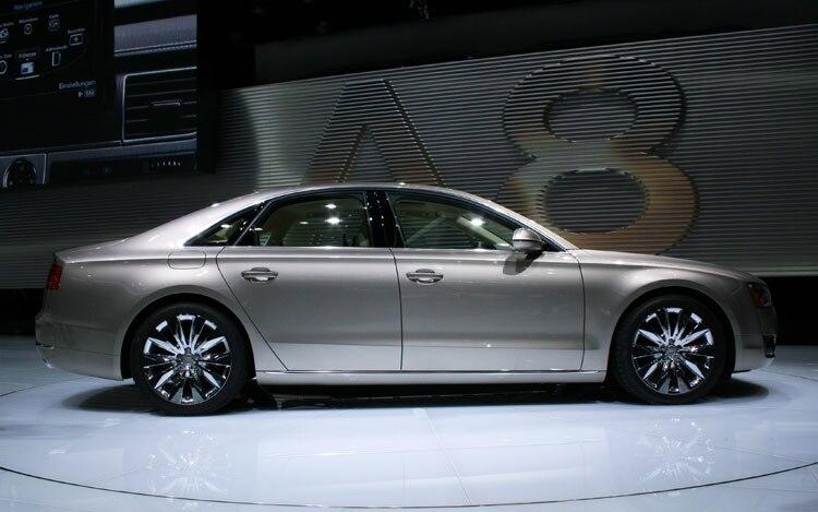 2011 Audi A8 Side View
