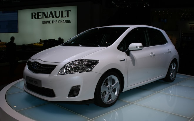 2010 Toyota Auris Hybrid 2010 Geneva Auto Show Coverage New Car