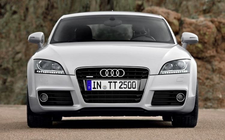 2011 Audi TT Front1