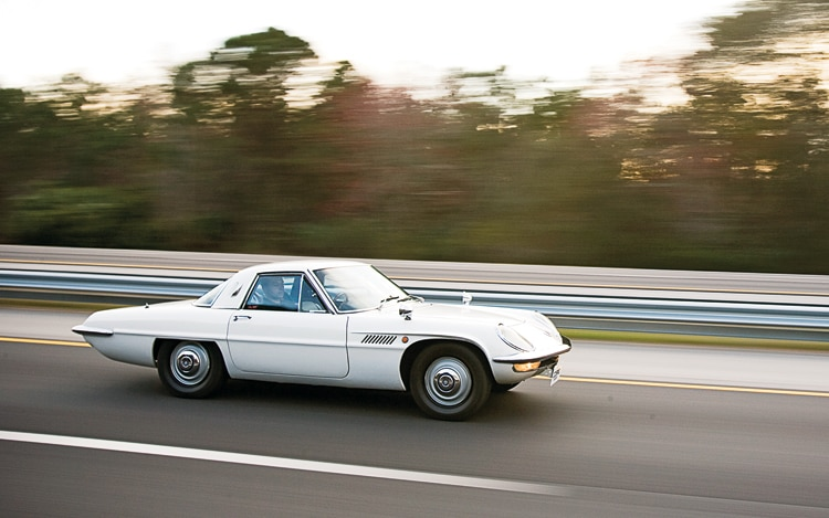 1007 01a 1967 Mazda Cosmo Sport 110S Side View