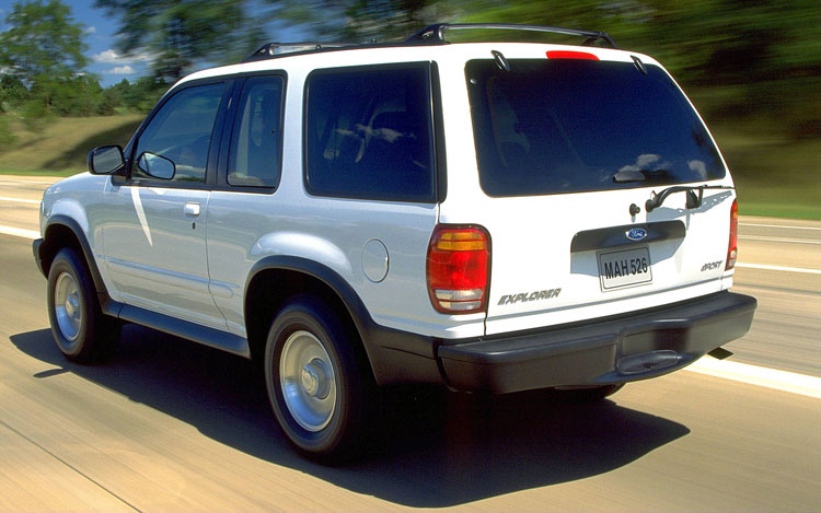 Ford Focus Dr Cpe M together with Filtro De Gasolina De Ford Ranger V F Gf D Nq Np Mlm F in addition Ford Sporttrac Xlt L Wd Suv Engine further Tbseat further Hqdefault. on 2000 ford explorer sport pics