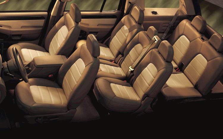 Ford Explorer Interior on 2003 Cadillac Escalade Interior
