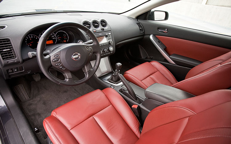 2010 Nissan Altima Coupe 3.5 SR - Editor's Notebook - Automobile ...