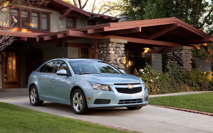2011 Chevrolet Cruze Front End1