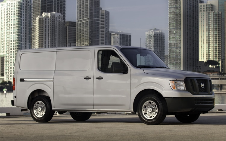 2012 Nissan NV2500 HD Front View1
