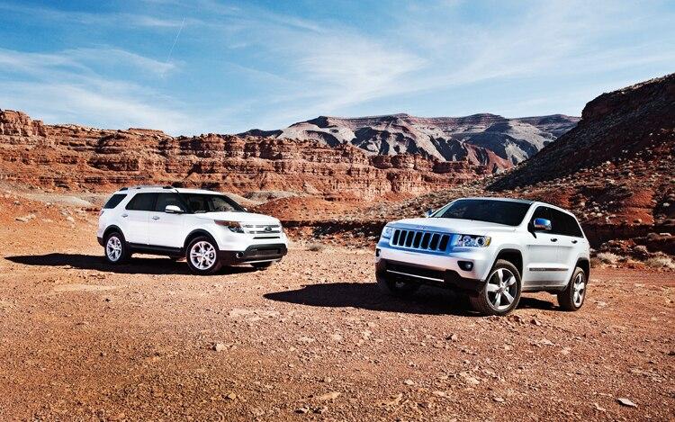 2011 Ford Explorer vs  2011 Jeep Grand Cherokee - Comparison
