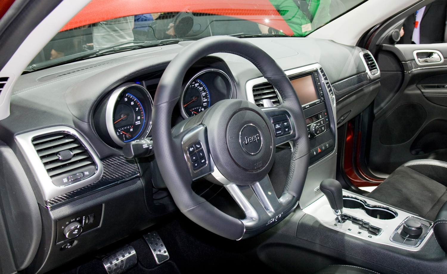 2012 Jeep Grand Cherokee Srt8 Interior View