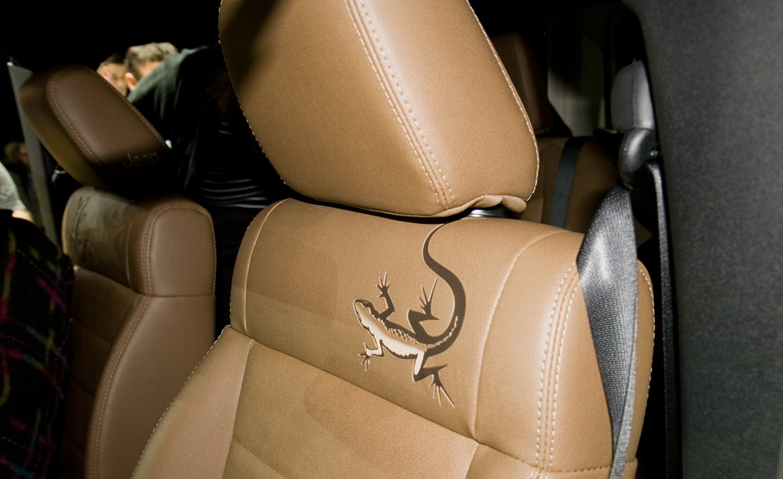 New york 2011 jeep wrangler mojave goes to the geckos - 2012 jeep wrangler unlimited interior ...