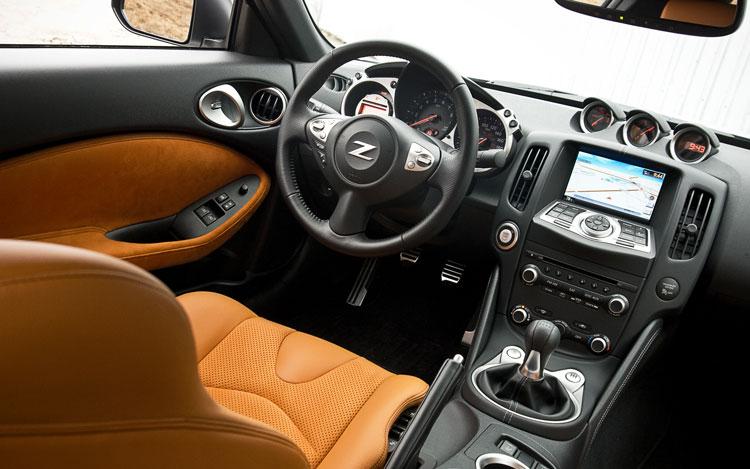 370z Touring Interior