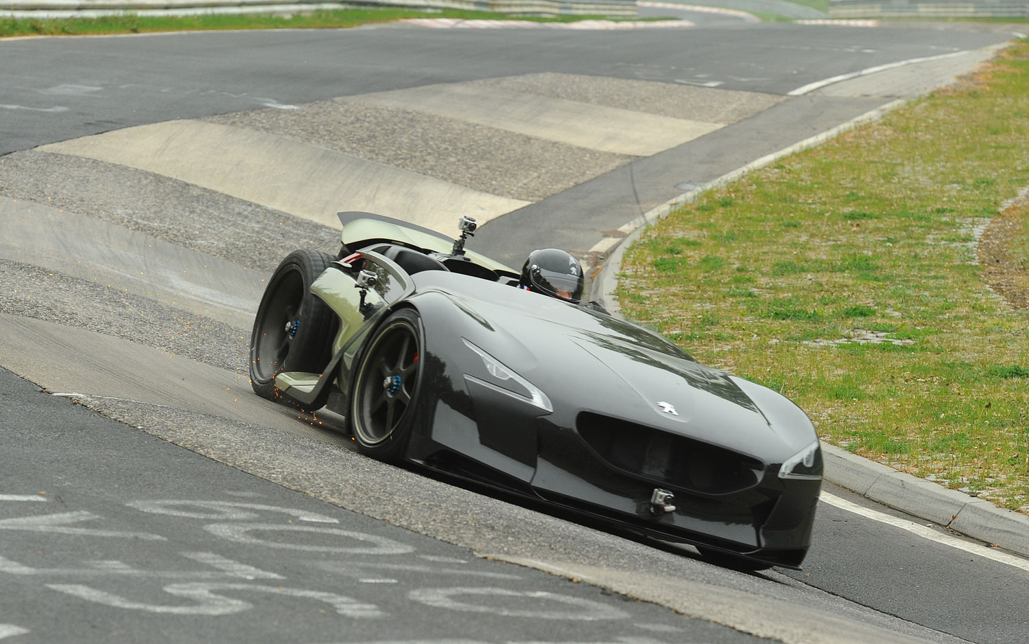 Feature Flick: Peugeot\'s Electric Concept Tackles the Nurburgring ...