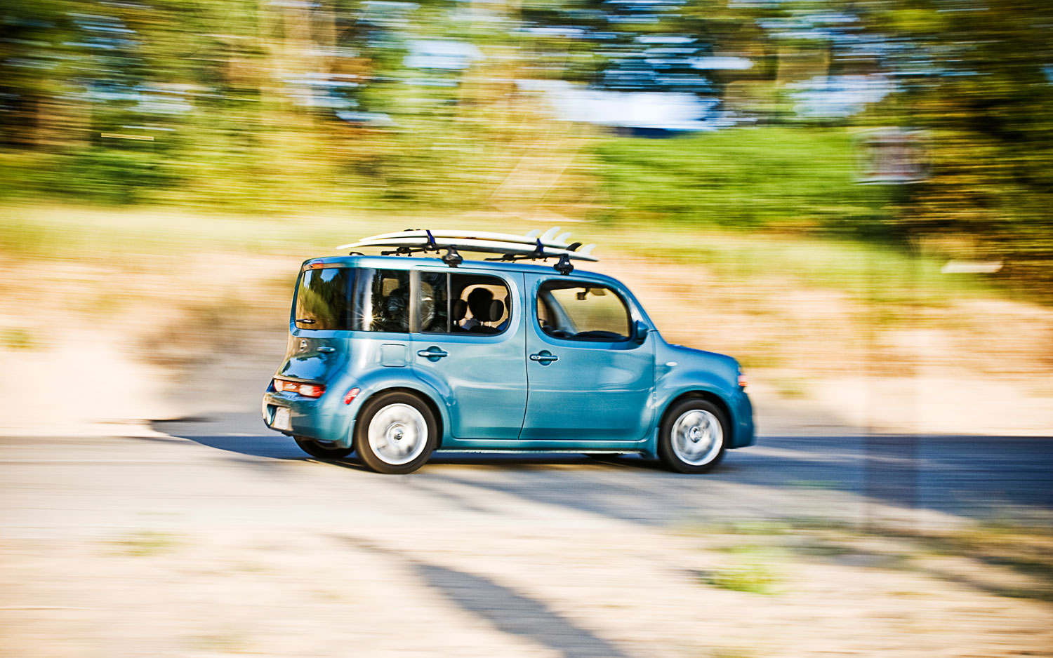 Nissan Cube Right Side View