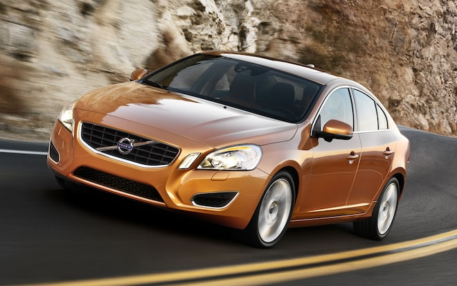 2012 Volvo S60 Front Three Quarter1