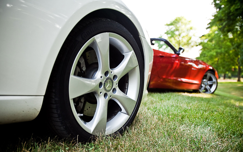 Bmw Z4 Sdrive35is Vs Mercedes Benz Slk350 Comparison Automobile Magazine