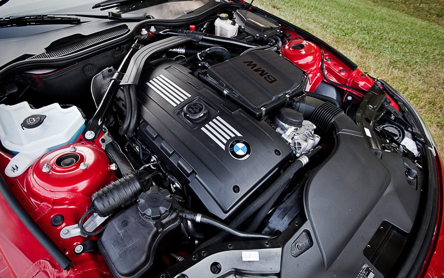 2011 BMW Z4 sDrive35is - Editors\' Notebook - Automobile Magazine