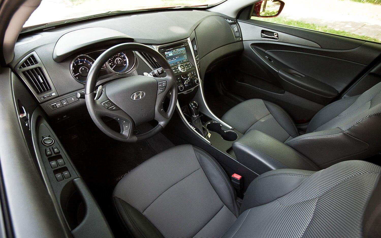 2011 Hyundai Sonata SE 2 0T - Editors' Notebook - Automobile