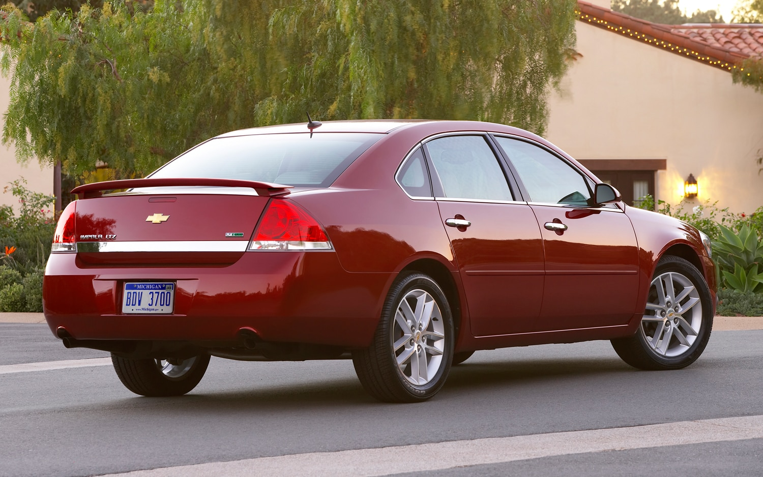 Impala 99 chevy impala : Recall Central: Audi R8 Spyder and Chevrolet Impala Could Catch ...