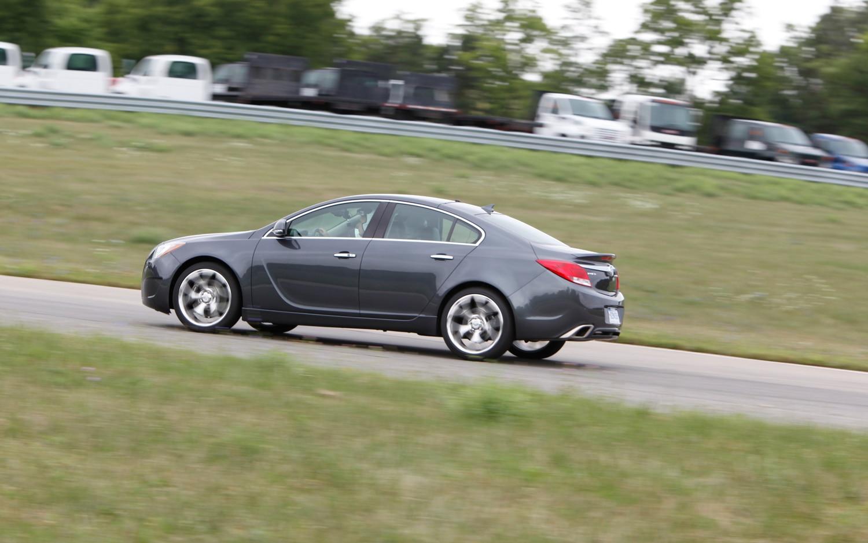Buick Regal: Chemical Paint Spotting