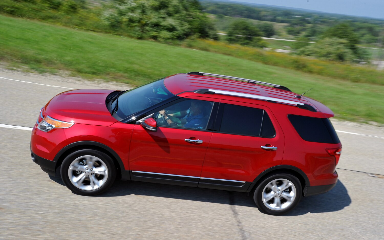 2012 Ford Explorer Left Side View1