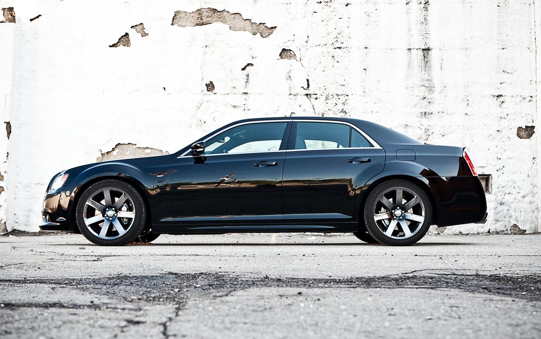 2012 Chrysler 300 Srt8 Editors Notebook Automobile