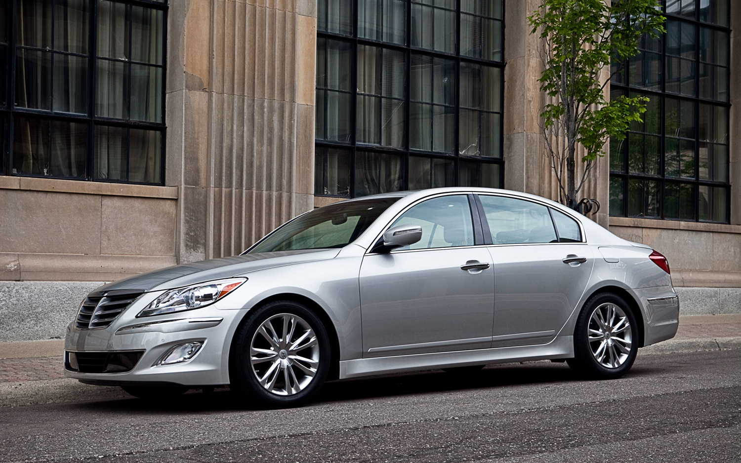 2012 Hyundai Genesis 3 8 Editors Notebook Automobile