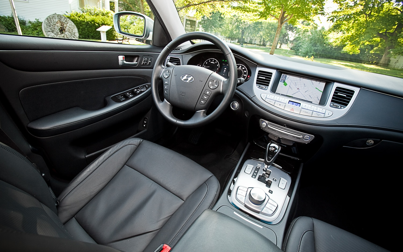 2012 Hyundai Genesis 5.0 R Spec
