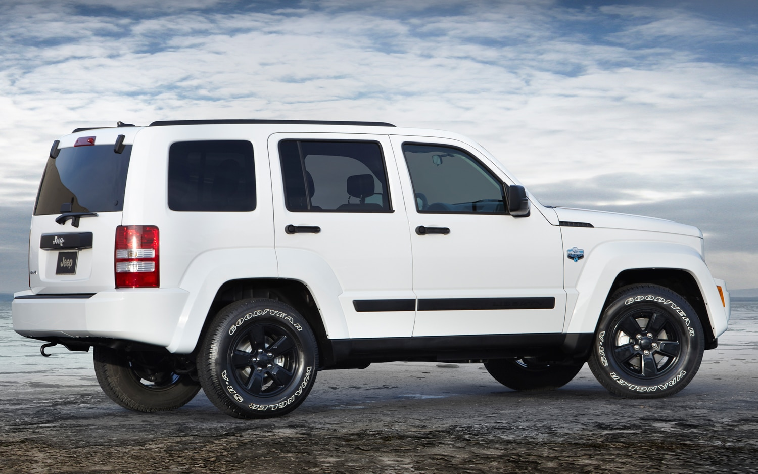 Jeep Liberty Mpg >> Jeep Brings Arctic Edition Package To U.S.-Spec 2012 Wrangler, Liberty Models