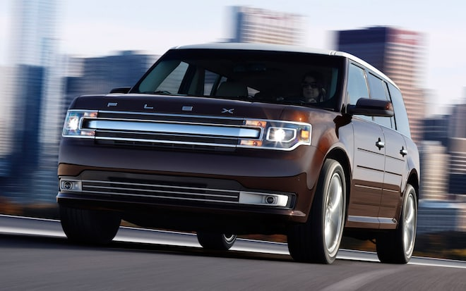 2013 Ford Flex Front Three Quarter1