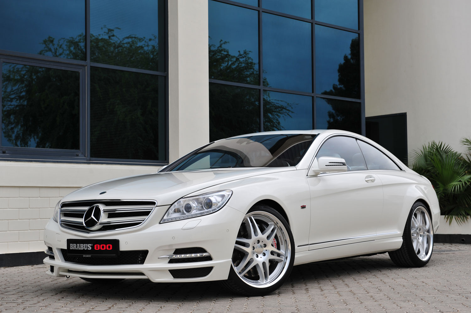 Brabus Builds 800-HP Mercedes-Benz CL Coupe