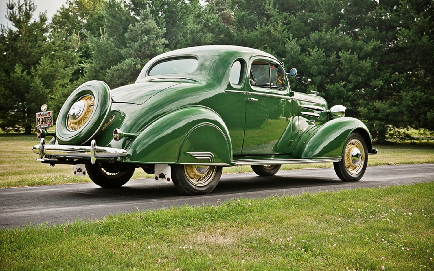 Collectible Classic 1935 1936 Chevrolet Master Deluxe