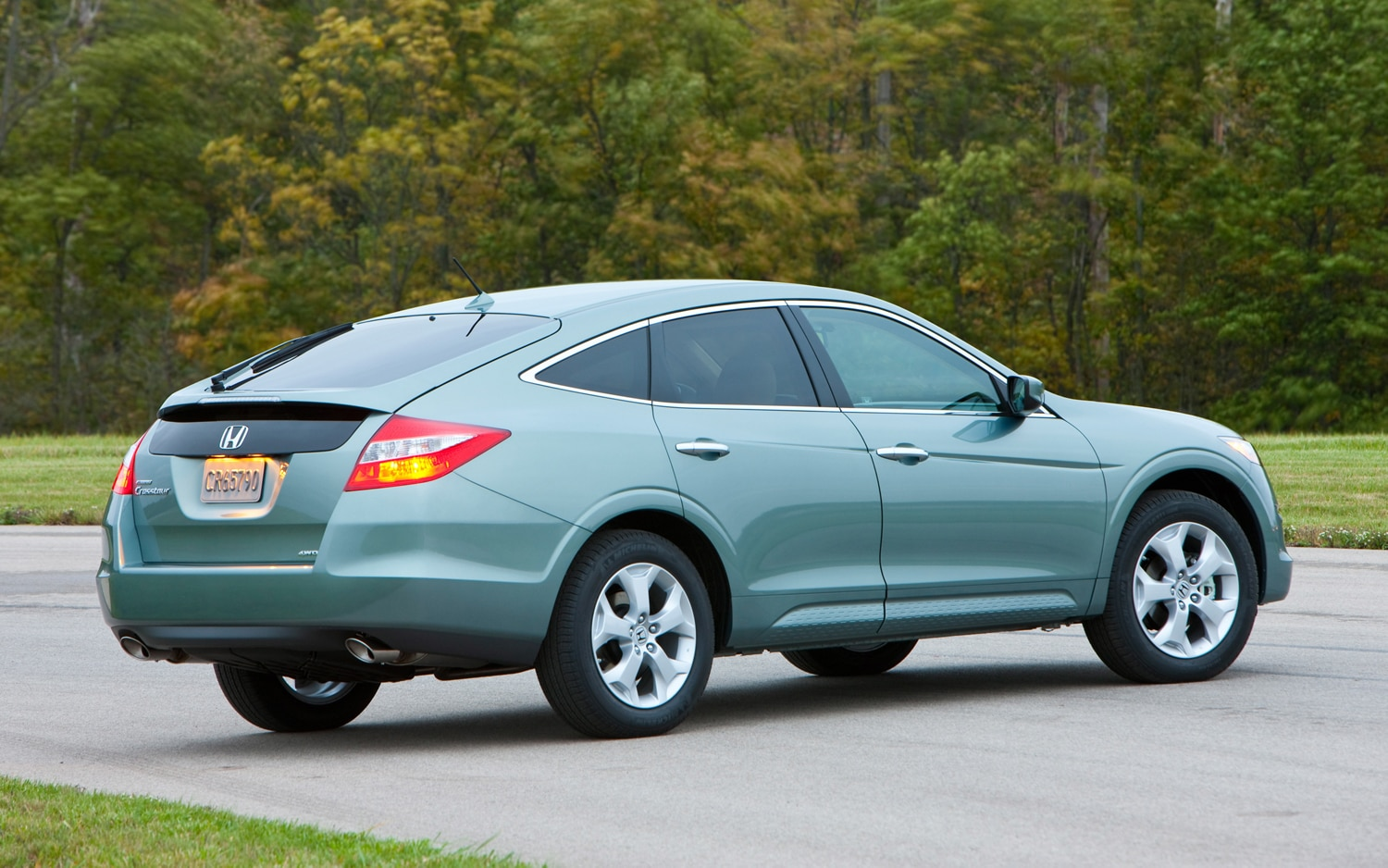 2012 Honda Crosstour Gains Four Cylinder Engine Option