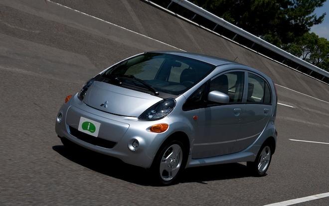 2012 Mitsubishi I Front Three Quarter1