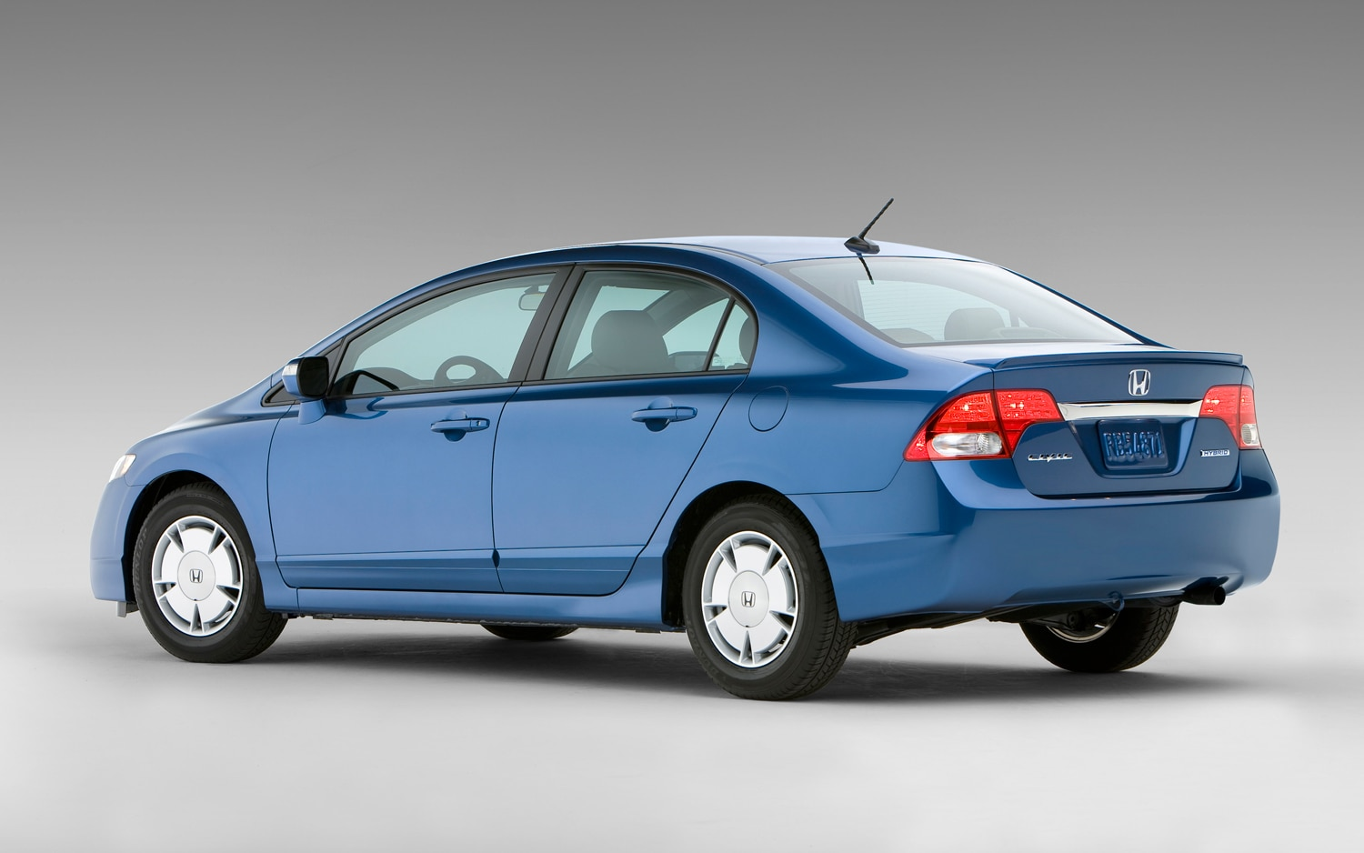 Honda Civic Hybrid Owner Takes Fuel Economy Complaints To