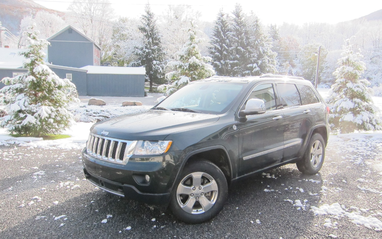 2011 Jeep Grand Cherokee Overland 4x4 Front Left Side View1