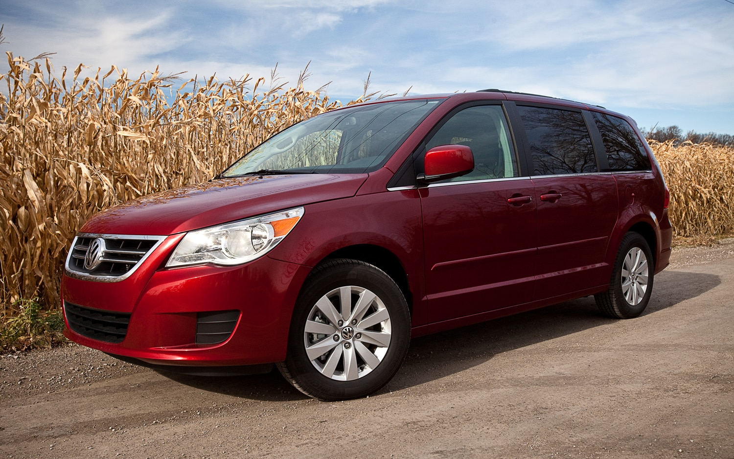2012 Volkswagen Routan Sel Editors Notebook