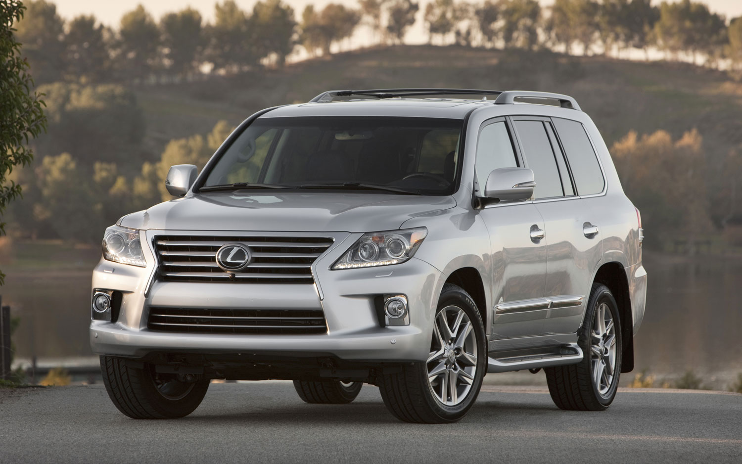 Pricing Announced For 2013 Lexus Lx 570 Starts At 81 805