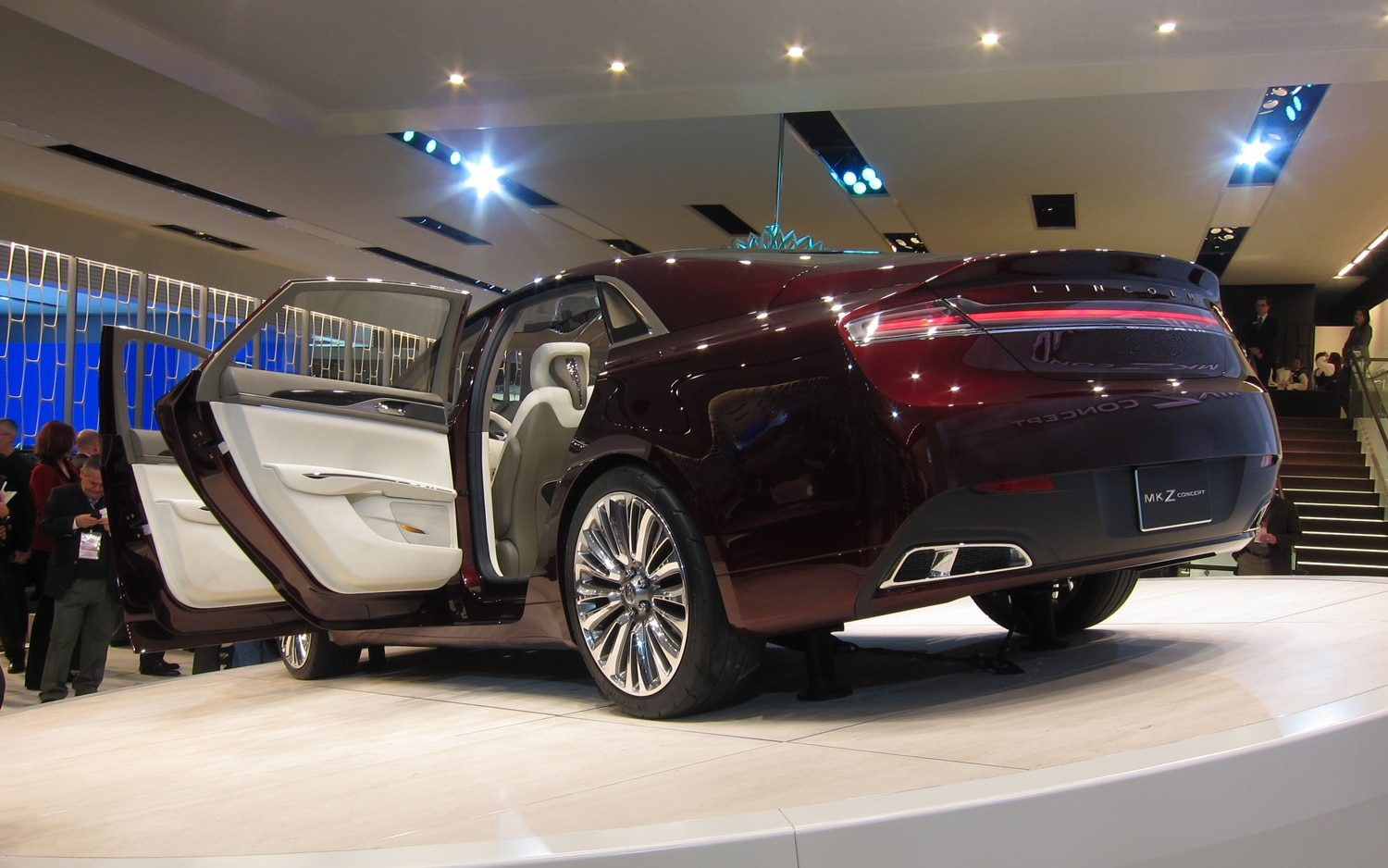 Detroit 2012: Lincoln MKZ Concept Begins Brand\'s \