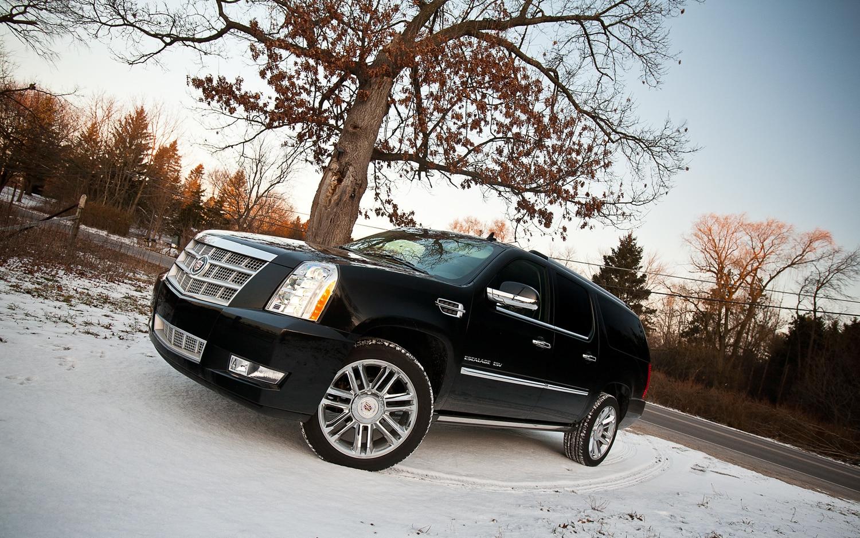 2012 Cadillac Escalade ESV Platinum Front Left Side View1
