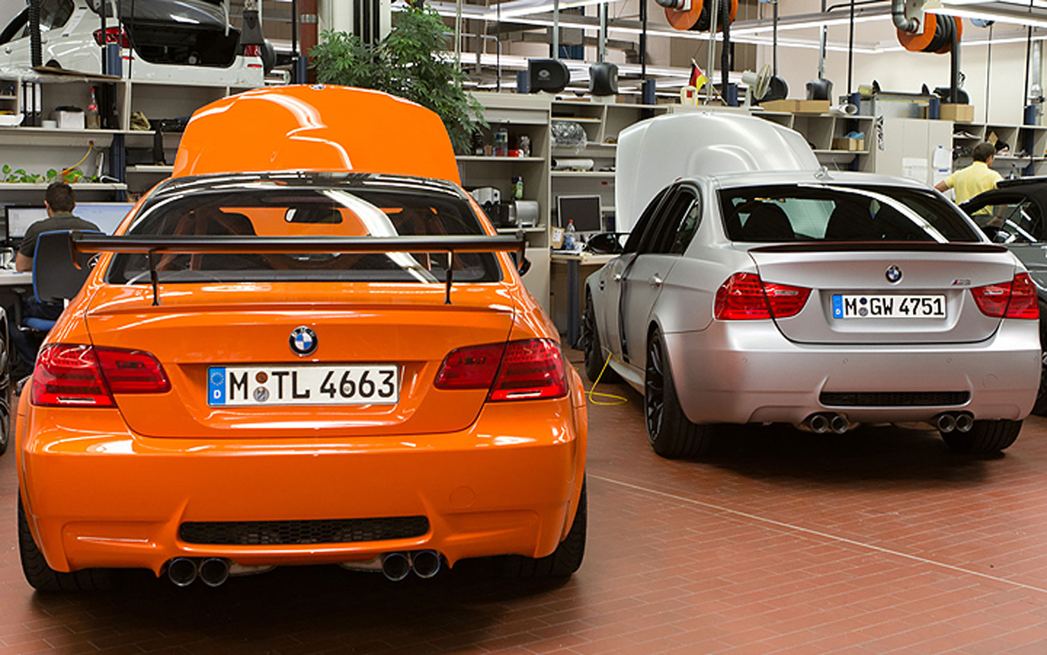 Feature Flick: 2012 BMW X5 M Challenges M3 at Laguna Seca; Who Wins?