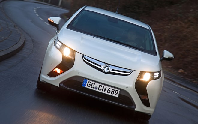 Opel Ampera Chevrolet Volt Voted 2012 European Car Of The Year