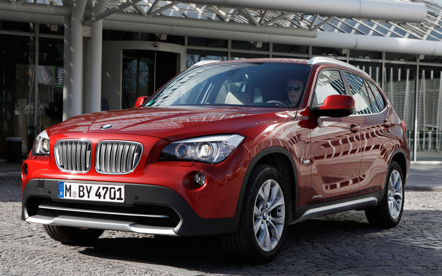 BMW Planning To Debut X1 Crossover In New York