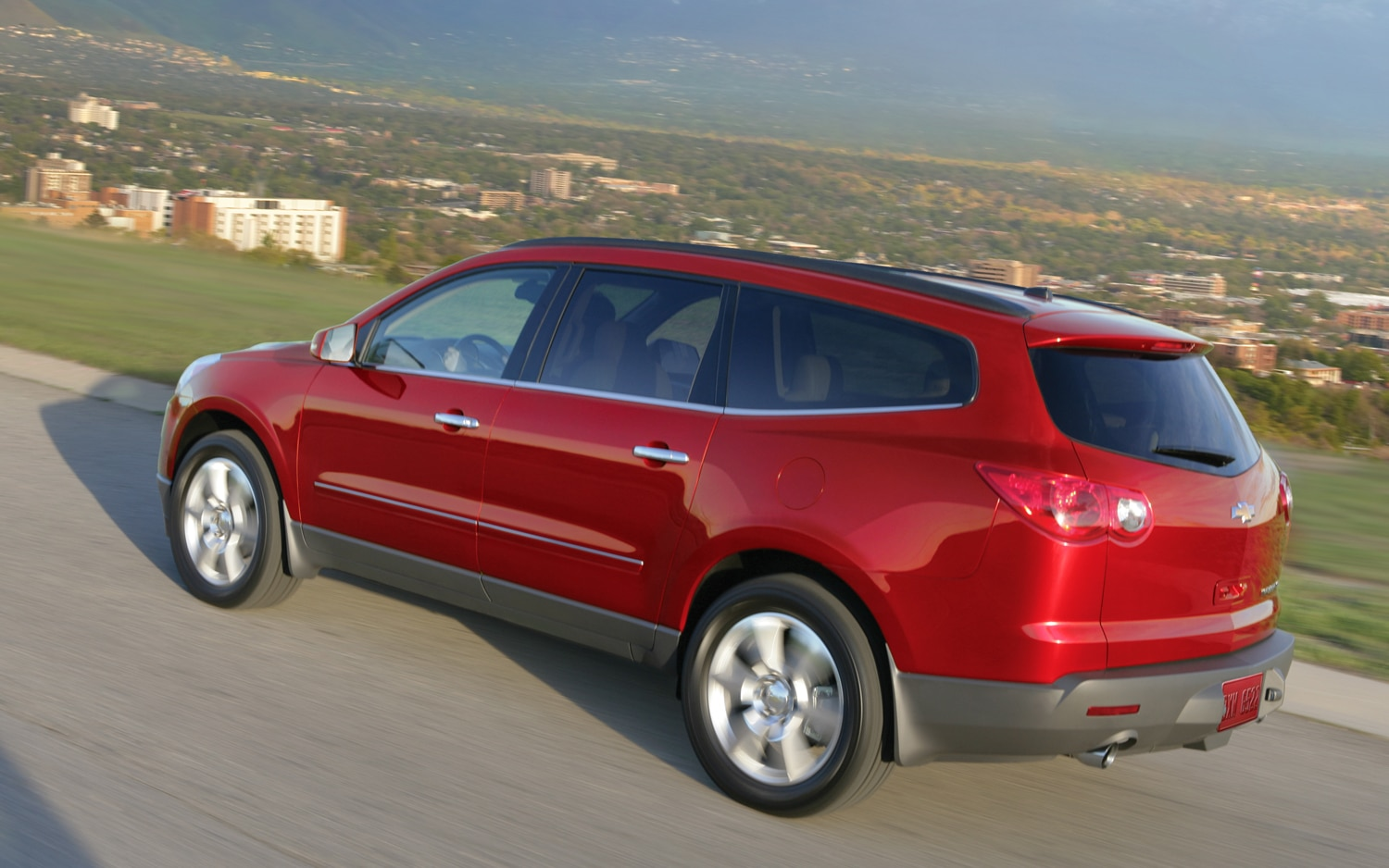 50,000 Chevrolet Traverse, GMC Acadia, Buick Enclave Models Recalled for Wipers