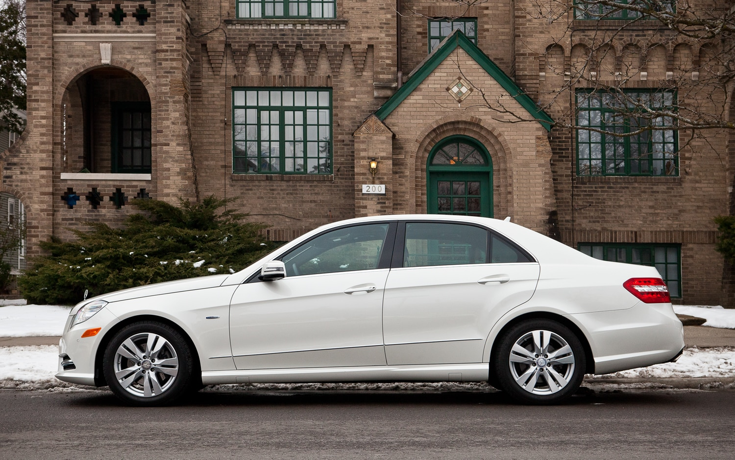 The Differences Between The Gasoline Fed Mercedes E350 ...
